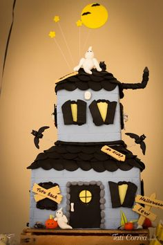 Halloween Birthday Party with Such Cute Ideas via Kara's Party Ideas | KarasPartyIdeas.com #HalloweenParty #Party #Ideas #Supplies (7)