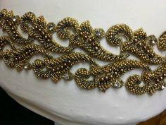 Si necesita un profesional del bordado artesanal en Madrid  cuente con Carmen María Mayz.   Materiales de calidad y diseños exclusivos en bo...