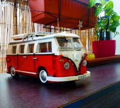 Power Red#legostagram #legoland #legomania #legos #bricks #brick #lego #legocreator #goodmoments #hobbylobby #legomanontour #baristalife #legolandcalifornia #legomania #legoland #lovelego #legophotography by mokacris
