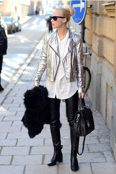 Trend Alert: Looks metalizados - Glanz Fall Winter Outfits, Autumn Winter Fashion, Metallic Jacket, Metallic Trousers, Estilo Grunge, Winter Mode, Grunge Fashion, Street Fashion, Capsule Wardrobe