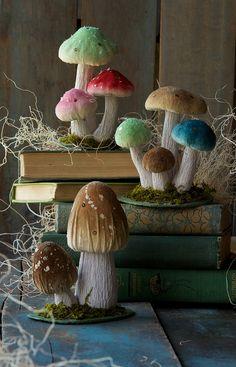 Glitterville Festive Fungi.