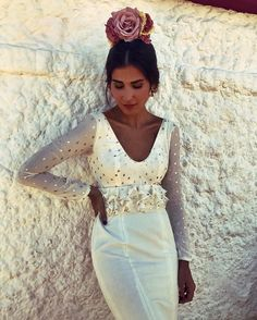 "20.6 mil Me gusta, 211 comentarios - María Turiel Soler (@meryturiel) en Instagram: ""Gitana, tú me quieres? 😝 vestido @sibilinaflamencaoficial 💗"" Spanish Fashion, Spanish Style, Flamenco Costume, Flamenco Dresses, Party Gowns, Traditional Outfits, Beautiful Dresses, Lace Skirt, Marie"