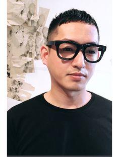 Glasses Trends, Crop Haircut, Asian Men Hairstyle, Short Cuts, Haircuts For Men, Short Hair Styles, Street Wear, Hair Cuts, Hair Beauty