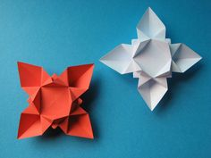 Origami: Fiore o stella - Flower or star. Designed and folded by Francesco Guarnieri, July 2007. http://guarnieri-origami.blogspot.it/2012/11/blog-post.html