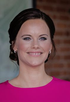 """Princess Sofia arrives at Sophiahemmet College to attend a merit ceremony on May 31, 2017."""" """""""