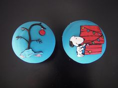 snoopy, Christmas TV Show Cupcakes by death by cupcake, via Flickr