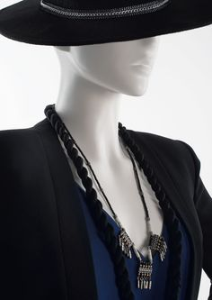 950 SERIES - Semi-abstract female mannequins. #MoreMannequins #hat #jumpsuit