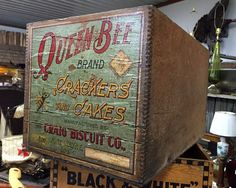 Antique Queen Bee Crate by ptgallery on Etsy Queen Bees, Vintage Wood, Crates, Art Decor, Sweet Home, Lettering, Antiques, Unique Jewelry, Handmade Gifts