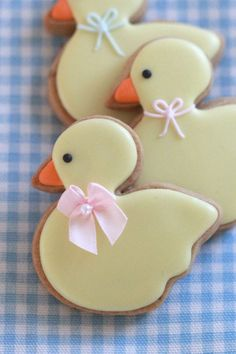 Baby Duck Baby Shower Decorated Cookies made with brown sugar Duck Cookies, Fancy Cookies, Cut Out Cookies, Easter Cookies, Christmas Cookies, Summer Cookies, Heart Cookies, Valentine Cookies, Birthday Cookies