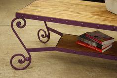 Muebles bien hechos Mesa de madera de pino y hierro forjado color morado. 7,850.00 pesomex contacto: madera-hierro@hotmail.com