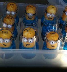 Minion Twinkie Cupcakes 3