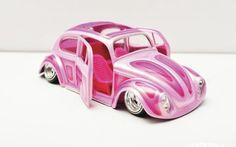 Ulises Vazquez - Miniature Masterpiece Model Builder - Lowrider Magazine Photo 02