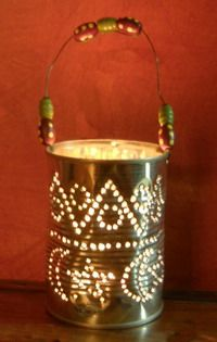 "How to make a pretty tin-can candle holder with a stencil & bradawl ("",) Tin Can Crafts, Diy Arts And Crafts, Xmas Crafts, Fall Crafts, Diy Crafts, Diy Projects To Try, Diy Craft Projects, Diy For Kids, Crafts For Kids"