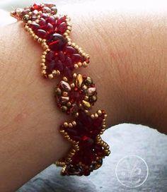 Bead Mavens: Bow Tie Bracelet by Valorie~ Free beaded bracelet tutorial, DIY