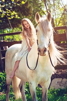 Barefoot on Bareback / Photography by Marina Pershina..... reminds me of when I was a young girl and I used to ride like that !! simpler times for sure... I had a buckskin pony and also a palomino horse... loved my horses !!!