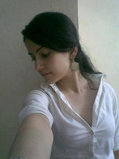 Hot Looking Arabic Girls in Arab Chat Rooms