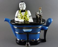Swineside Ceramics Bartender teapot