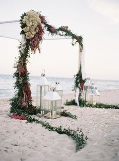 Beach wedding by Ozzy Garcia Photography