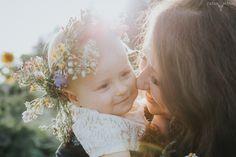 Sesja dziecięca - rodzinna zorganizowana w Dyniolandzie u schyłku lata oraz spontaniczna sesja dziecięca w ogrodach zaprojektowanych przez Garden&Pleasure.    #fotografiarodzinna #fotografrodzinny #dziecko #fotografianoworodkowa #fotografiadziecieca #fotografiawarszawa #fotografwarszawa   #sesjadziecieca #newbornphotography #newbornphotographer #newbornphotographers  #baby #newbornpictures #newbornphotos #babygirl #lookslikefilm