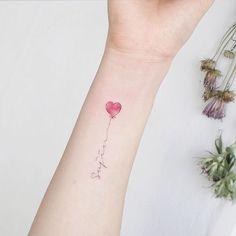 #tattoo#tattoos#tattooing#tattoowork#mimitattoo#colortattoo#lettering#tattooart#artist#armtattoo#타투#손타투#하트타투#컬러타투#레터링#미니타투#타투이스트꽃#tattooistflower lettering ♥️