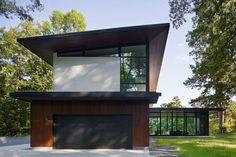 Japanese Design Inspires Modern Clark Court Residence in North Carolina - http://freshome.com/japanese-design-inspires-clark-court-residence-north-carolina