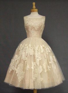 Vintage / EXQUISITE Ivory Lace & Pink Organdy 1950's Cocktail Dress