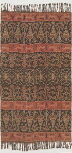 Indonesian, Man's cloth, Hinggi kombu, c. 1890, east Sumba, Indonesia; cotton, natural dyes; warp ikat. Bequest of Rose Mulock-Houwer MBE, 2007 (2007.692).