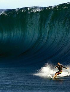 Shane Dorian & the wall Tahiti