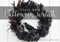 A DIY tutorial for a creepy black bird Halloween wreath | www.meadowlakeroad.com #halloweendecor #halloweenwreath