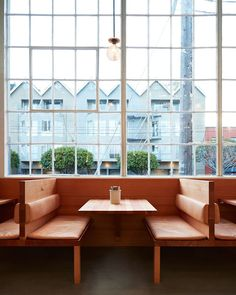 Fragments of architecture — Tartine Manufactory / Commune Photos © Mariko Reed Restaurant Booth Seating, Cafe Restaurant, Restaurant Design, Cafe Seating, Restaurant Interiors, Burger Bar, Cafe Bar, Tartine San Francisco, Interior Work