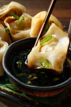 What can make pot-stickers a minimalist dish One approach is called takeout and is already quite common The alternative is using the wrappers now sold in just about every supermarket