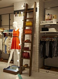Clothing store design - Store displays ideas make your happy selling 35 – Clothing store design Boutique Design, Design Shop, Boutique Decor, Boutique Interior, Boutique Ideas, Boutique Stores, Boutique Clothing, Clothing Store Displays, Clothing Store Design