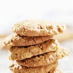 מתנה מתוקה מהטבע - עוגיות שיבולת שועל עם טחינה, בננות, תמרים ואגוזים. לגיוון ניתן להוסיף גם חמוציות