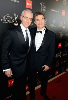Dr. Drew Pinsky & Dr. Mehmet Oz at the 40th Annual Daytime Emmy Awards #CelebrityRehabwithDrDrew #TheDrOzShow #DaytimeEmmys