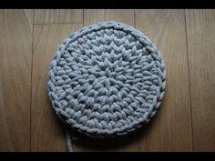 Pokazuję jak zrobić na szydełku idealne koło z półsłupków. #Koło #Naszydełku #Tutorial #Crochet #Ring Crotchet, Crochet Hooks, Diy And Crafts, Crochet Patterns, Beanie, Make It Yourself, Stitch, Knitting, Youtube