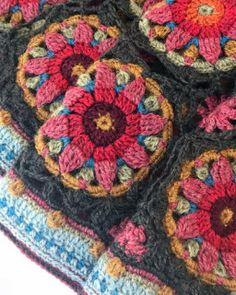 Crochet Blocks, Granny Square Crochet Pattern, Crochet Squares, Crochet Granny, Crochet Blanket Patterns, Crochet Motif, Crochet Shawl, Crochet Stitches, Knit Crochet