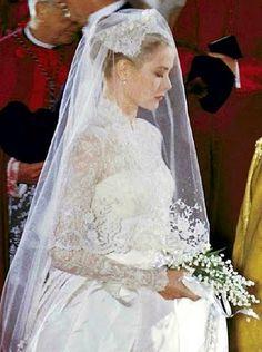 Le mariage religieux en la cathédrale de Monaco de Grace et du prince Rainier III le 19 avril 1956