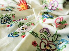 Hand Embroidered Pansies Vintage Linen Tablecloth