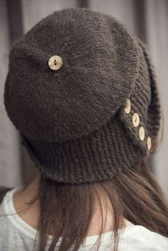 Robin Hood knitted hat pattern - finished object inspiration! Love the coconut buttons so much. A quick and easy knit.