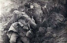 Carnage caused by a direct hit on a trench by a heavy artillery explosion. World War One, Second World, First World, My War, Man Of War, Ww1 Art, Central And Eastern Europe, Wwii, Horror