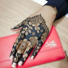 Mehndi design for girl Rose Mehndi Designs, Indian Henna Designs, Henna Art Designs, Mehndi Designs For Girls, Stylish Mehndi Designs, Dulhan Mehndi Designs, Wedding Mehndi Designs, Mehndi Design Pictures, Latest Mehndi Designs