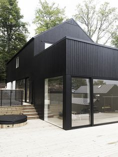 Modern Home by RAA Studio Architecture Black Exterior, Exterior Design, Architecture Details, Interior Architecture, Steel Framing, Modern Architects, House Extensions, Facade House, Black House
