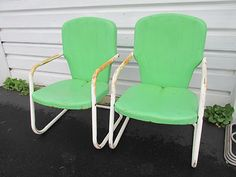 Retro Mid Century metal bouncy lawn chairs