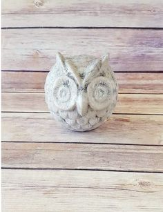 Statuary Owl Figurine | Antique White Home Decor | Farmhouse Home Decor | Barn Owl | Up-Cycled Home Decor | Eco-Friendly Gift by CraftyMcDaniel on Etsy https://www.etsy.com/listing/528179548/statuary-owl-figurine-antique-white-home