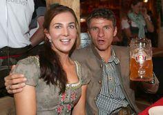 Prost! European Football, Espn, Soccer, Munich, Couple Photos, News, People, Oktoberfest, Fc Bayern Munich