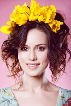 This domain has expired. If you owned this domain, contact your domain registration service provider for further assistance. The Most Beautiful Girl, Gorgeous Women, Flower Head Wreaths, Flower Crowns, Gemini Woman, Turkish Beauty, Turkish Actors, Pretty Woman, Make Up