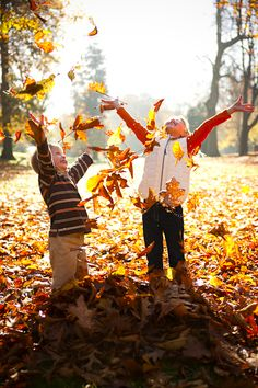 Kids playing in leaves kids autumn leaves fall autumn pictures Autumn Photography, Children Photography, Family Photography, Fall Family Pictures, Fall Photos, Fall Pics, Autumn Pictures, Kid Photos, Tableaux Vivants
