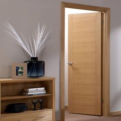 The Aragon door has a very distinctive and decorative oak veneer which is…