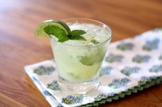 Barefeet In The Kitchen: Pineapple Mint Mojitos