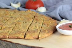 Do you fancy a delicious low carb pizza bread / garlic bread. Then you are … - Ketogenic Diet Keto Soup, Garlic Bread, Garlic Pizza, Dough Recipe, Low Carb Keto, Diet Recipes, Clean Eating, Food And Drink, Cooking